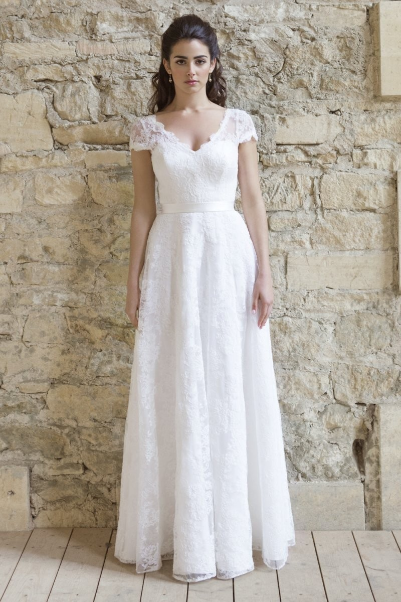 2016 Simple A Line White / Ivory Wedding Dresses Short Sleeve V ...