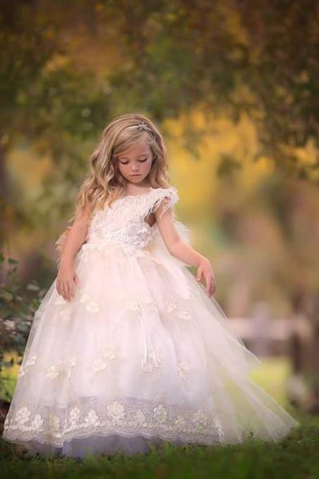 Fluffy Lace Appliques Flower Girl Dresses Ball Gowns,Kids Prom Dresses,Girl Pageant Dresses for Toddlers,Holy Communion Dresses,Wedding Party Dresses,Toddler Enfant Formal Occasion Wear