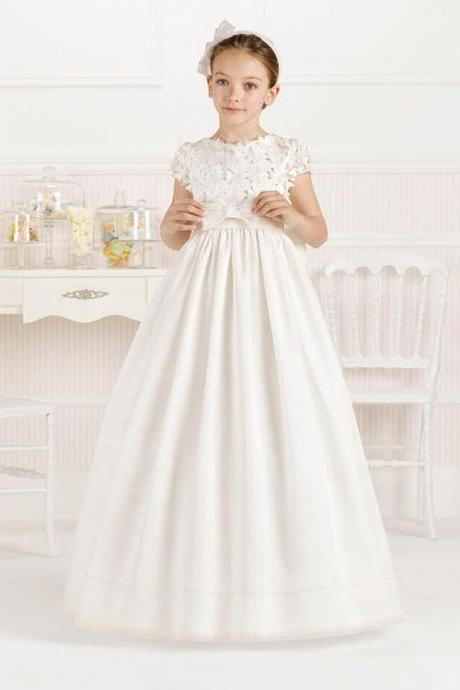 New Style 3D Floral Appliqued Flower Girls Dresses For Weddings Jewel Cap Sleeve Baptism Dress Floor Length Sashed Princess Gown Cute Baby Dresses Communion Gown