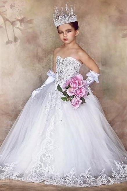 Little Girls Party Dresses Sweetheart Lace Appliques Beading Sequins Crystal Ball Gown Court Train Flower Girls Dresses 2016 Girl Pageant Gown with Bow Communion Dresses