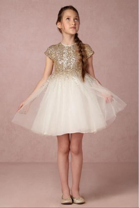2018 New Lovely Gold Sequined Flower Girls Dresses Short Sleeves Princess A Line Tulle Zipper Back First Communion Birthday Dresses