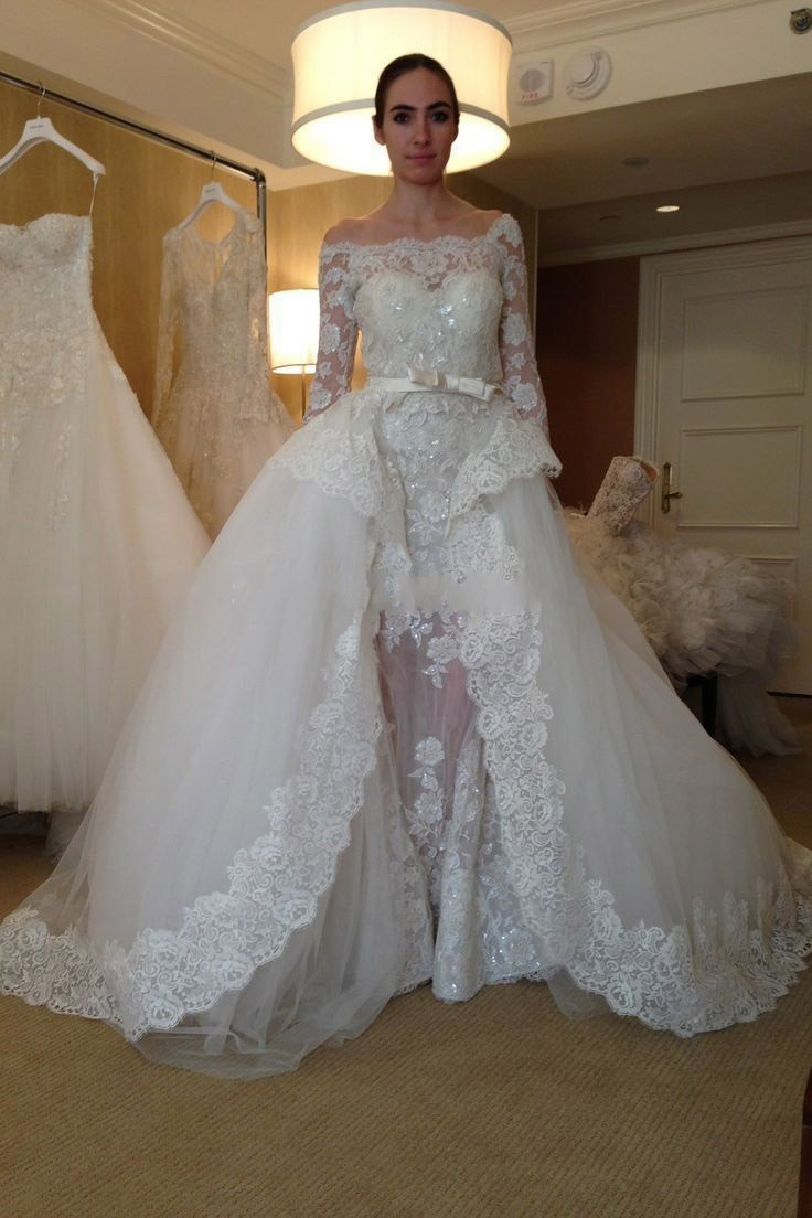 Gorgeous ball gown wedding dress with three quarter for Detachable train wedding dress